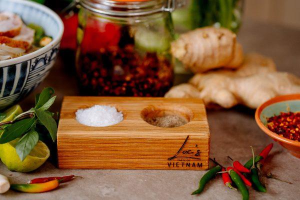 Vietnamese pinch pot